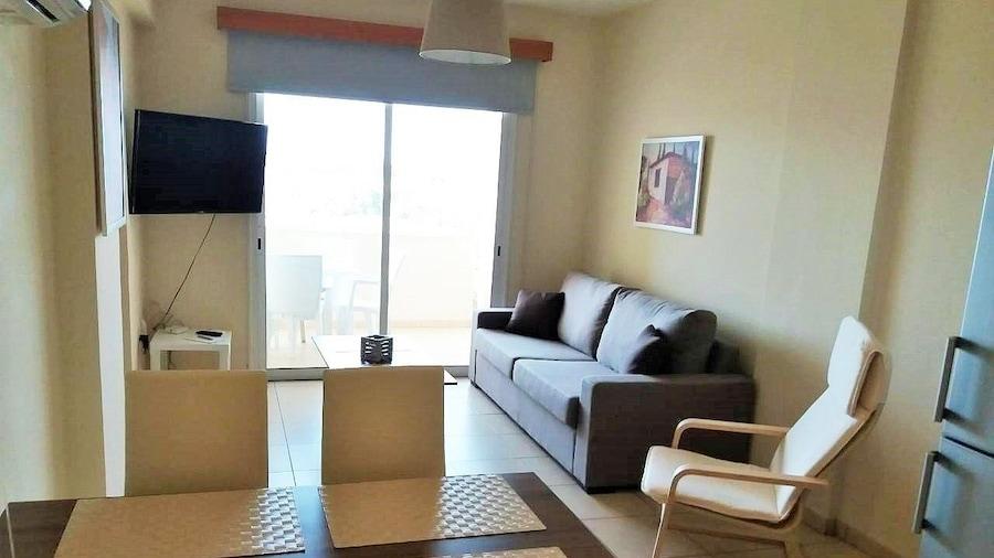 206 Sunrise Beach Apartment