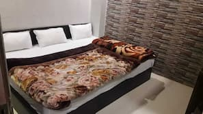 2 bedrooms, premium bedding, down duvets, desk