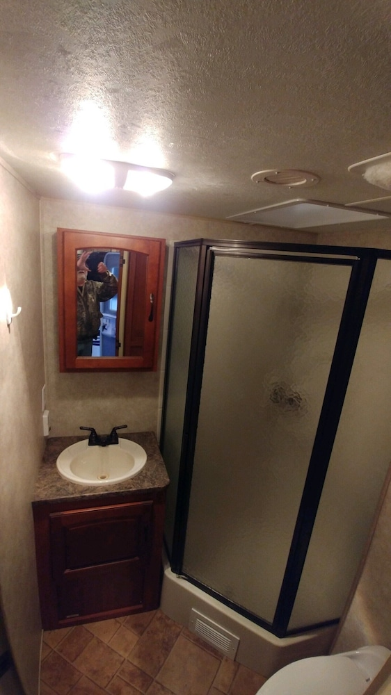Bathroom, Silver Lake Vacation Rental Close to State Park and Sand Dunes Pets Welcome