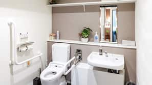 浴缸連淋浴設備、豪華浸缸、免費浴室用品、風筒