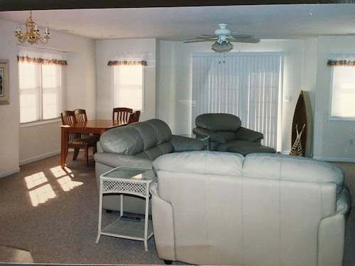 Wildwood 3 Bedroom 2 Bath Condo