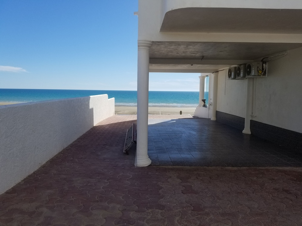 Balcony, Specials!! 11 Bdrms. 4 Casita Apartments. 5 Kitchens. Rent 5 Bdrms or up to 11