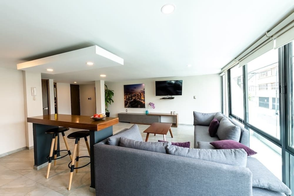 Living Area, Rochester 403