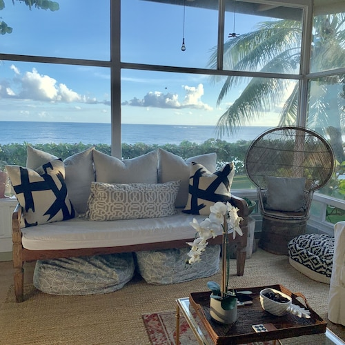 Living Room, Waialua Honu Hale - Spectacular Beachfront Home! 30 Day Rental