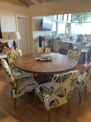 In-Room Dining, Waialua Honu Hale - Spectacular Beachfront Home! 30 Day Rental