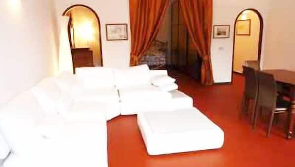 3 sovrum, strykjärn/strykbräda, internet och sängkläder
