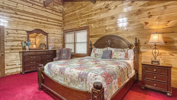 5 bedrooms, free WiFi, bed sheets