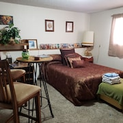 Large 1 Bedroom Accommodating 2 Adults. Beautifully Decorated and Homey