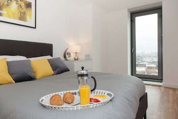 Michigan Point Tower Serviced Apartments