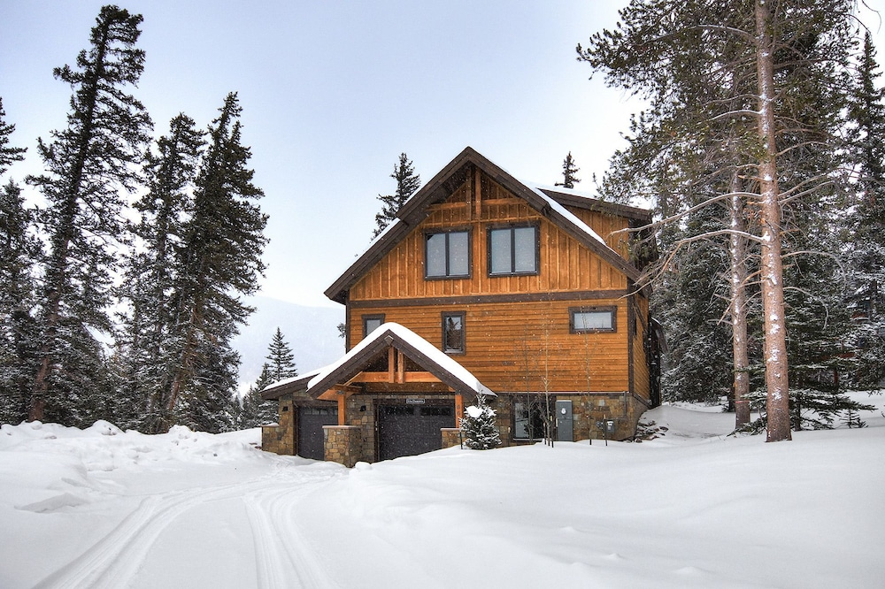 Exterior, Keystone Resort Lodge 661, Heated Garage, Private Laundry, 5 Bedroom by Summitcove Lodging