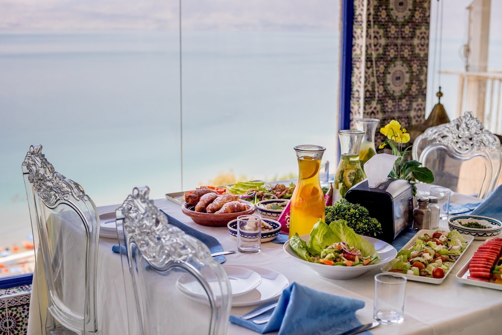 Breakfast buffet, Biankini Village Resort Dead Sea