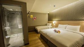1 bedroom, premium bedding, down duvets, in-room safe