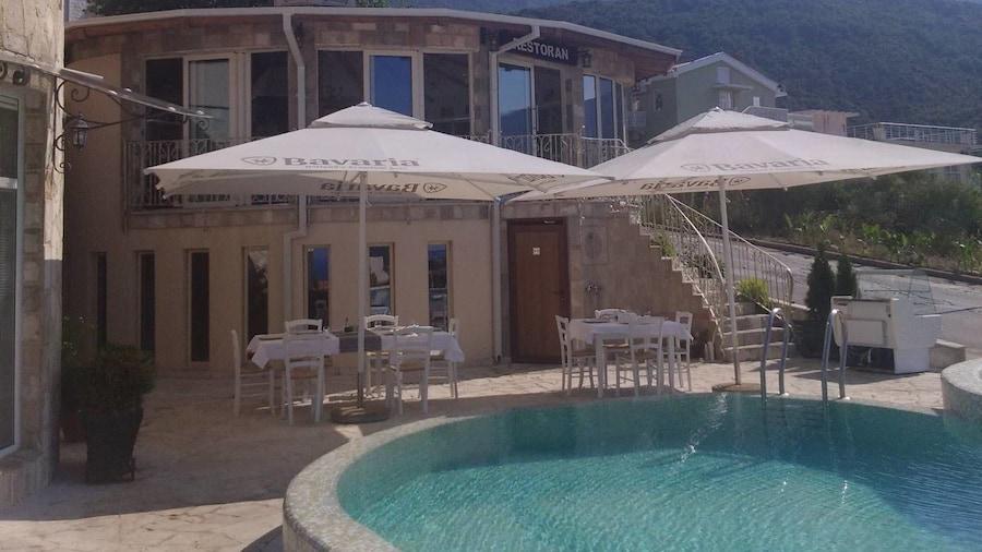 Villa Alex Becici