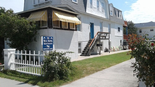 Cape May Vaction Rental- Perfect for Family and Steps From Cape May's Best Beach
