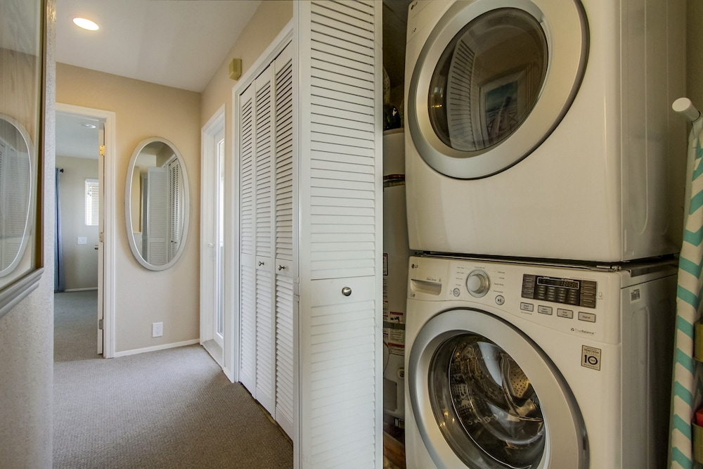 Laundry, All Decked Out Upper - 3 Br Townhouse