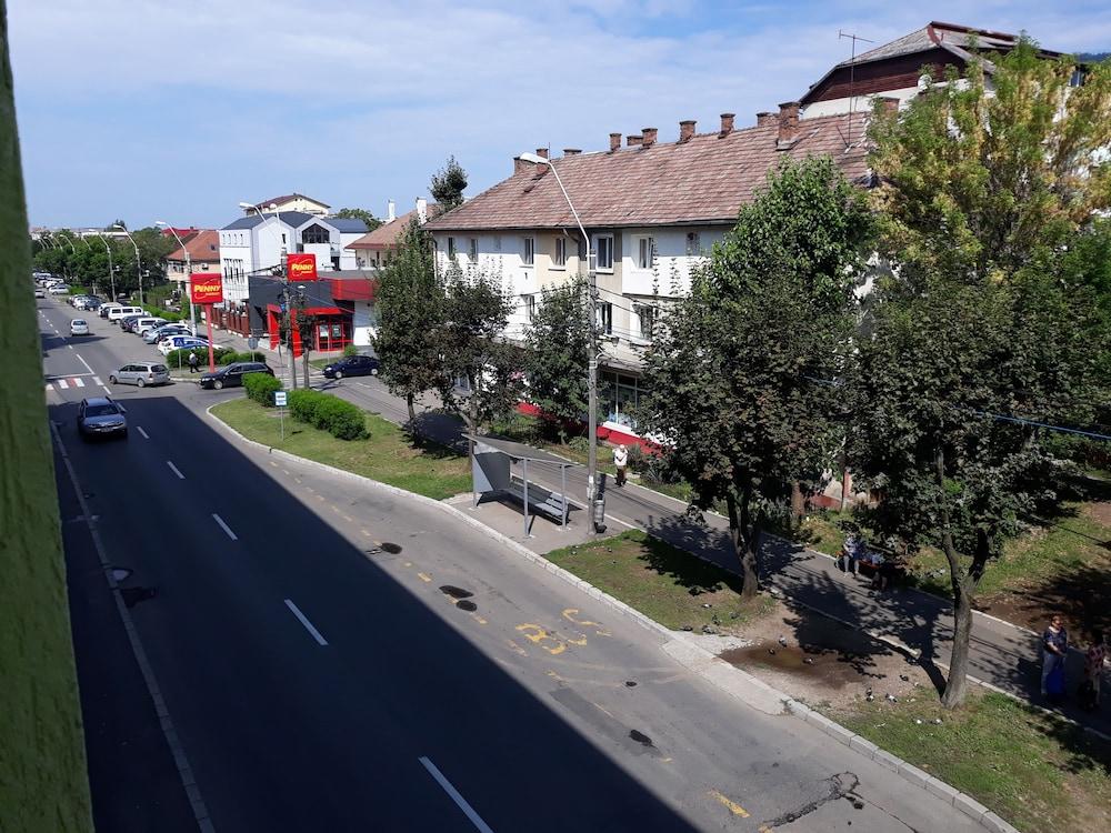 Rivulus Apartament in Baia Mare | Cheap Hotel Deals & Rates