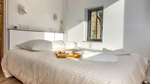 2 chambres, rideaux occultants, Wi-Fi gratuit, draps fournis