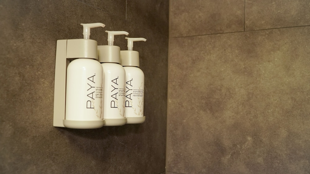 Bathroom Amenities, Alexanders Landing