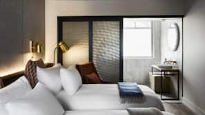 1 bedroom, premium bedding, down duvets, Tempur-Pedic beds