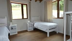 10 bedrooms, premium bedding, down duvet, in-room safe