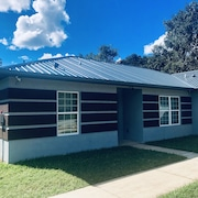 Modern !! yet Cozy Home in Palm Coast Florida!!