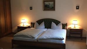 Daunenbettdecken, kostenloses WLAN, Bettwäsche, Rollstuhlgeeignet