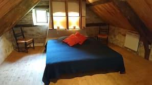 1 chambre, décoration personnalisée, ameublement personnalisé, bureau
