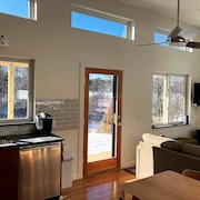 Newly Built Middlebrook Cottage on Water 1.2 Miles to Dock Square, Kennebunkport