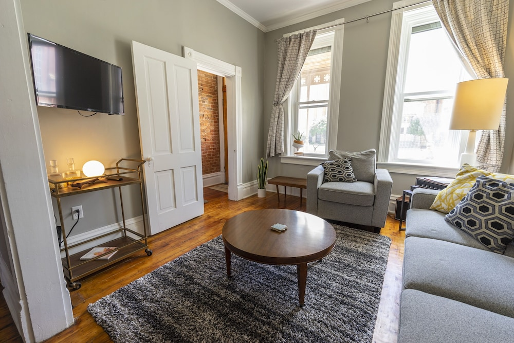 Living Room, 166 Bluff Street townhouse