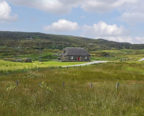 1 Bedroom Accommodation in Lochboisdale, South Uist