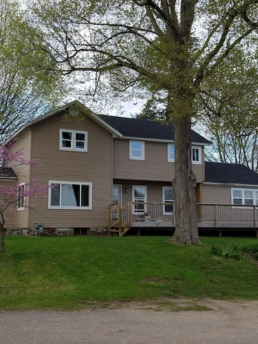 Completely Remodeled House on Palmer Lake in Colon, MI