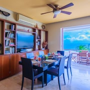 3bdr/2bth Luxury & Spacious Oceanfront Villa with Pool Isla Mujeres