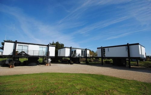 5 Avocet Quay, Emsworth - a Lodge/cabin That Sleeps 4 Guests in 2 Bedrooms