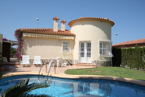 Small but Beautiful Villa With Private Pool Near the Golf Course