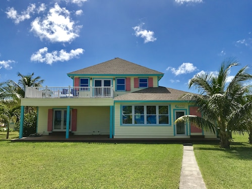 Seas the Day Beach House 3 bed 3 Bath