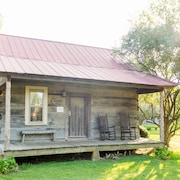 The Cotton Gin Cabin Bed & Breakfast