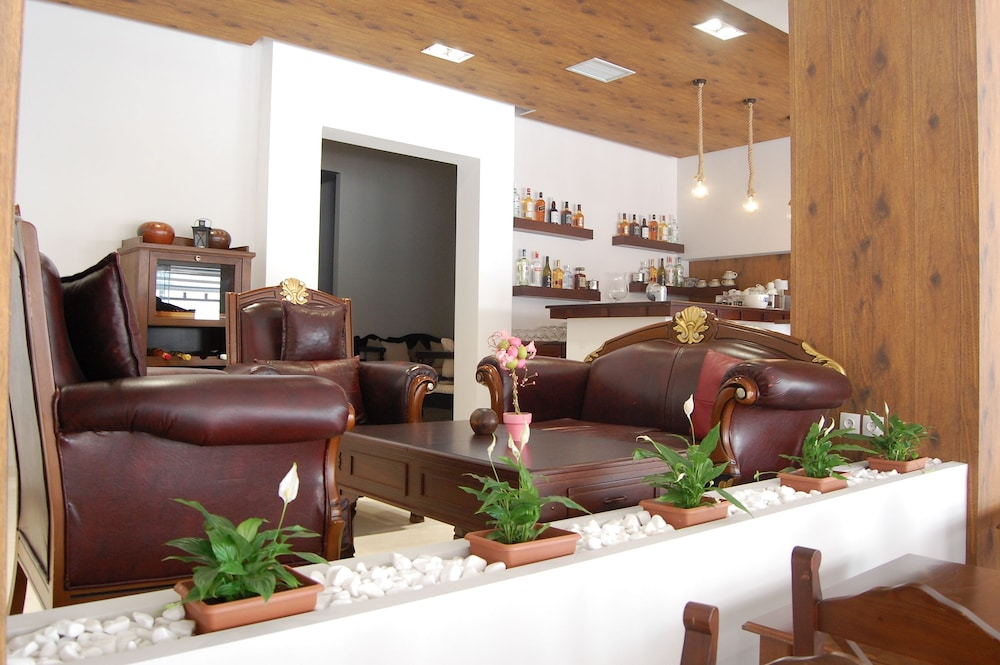 Lounge, Paralia Beach Boutique Hotel