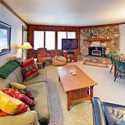 Cozy Mammoth Mountain #50 - 2 Br Condo