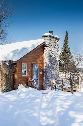 Exterior, All Season Cabin on the Canal of the Indian River Between Burt and Mullet Lake!