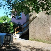 House With 2 Bedrooms in Saint-victor-et-melvieu, With Wonderful Mountain View and Enclosed Garden - 140 km From the Beach