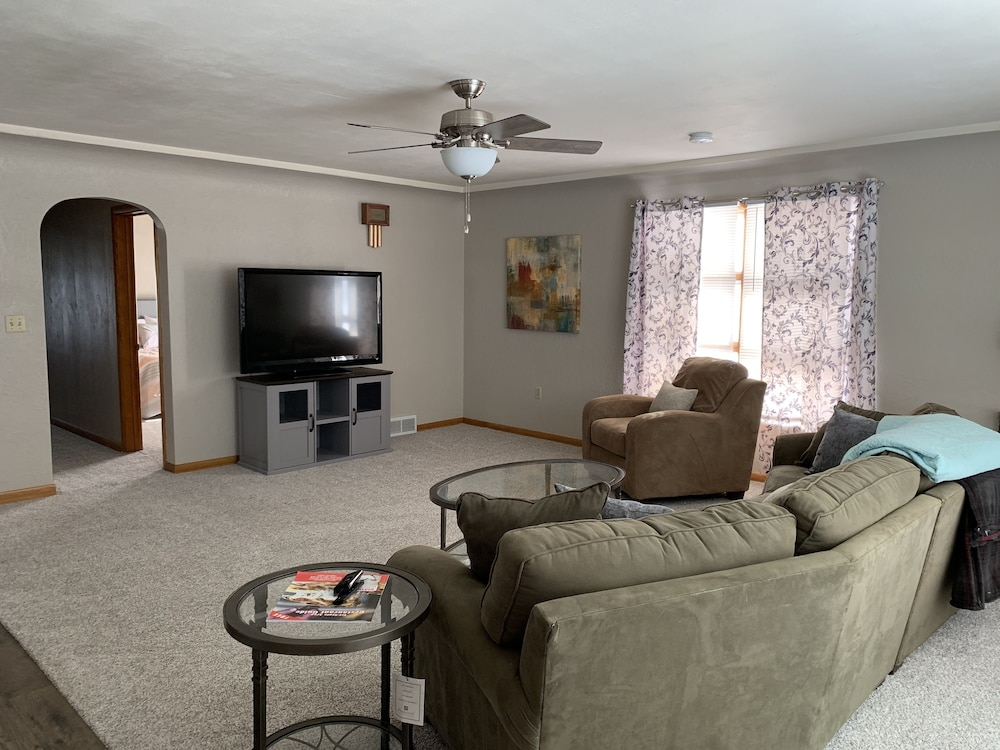Living Room, Single Family Home, Newly Renovated!