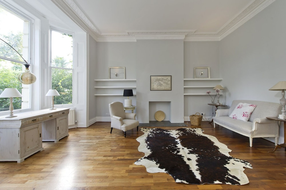 The Original Notting Hill Apartment With a Patio in London ...
