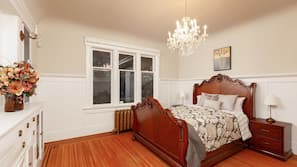 6 bedrooms, bed sheets