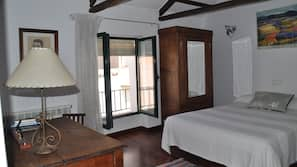 Tabla de planchar con plancha, camas supletorias (de pago), ropa de cama