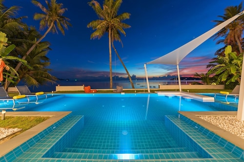 Paradis Blanc - Luxury Beachfront Villa