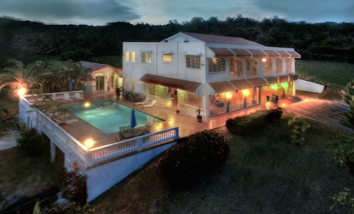 Vista Linda Gated Estate, Spectacular Carribean Views, Privacy, Close to Beaches