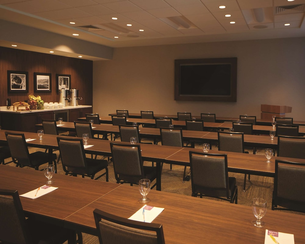 Meeting Facility, Hyatt Place Las Vegas at Silverton Village