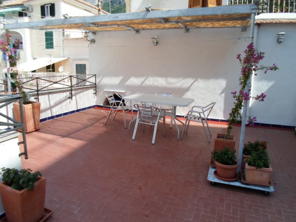 La Terrazza Apartment With Amazing Terrace In The Middle