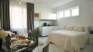 1 bedroom, premium bedding, down duvets, iron/ironing board
