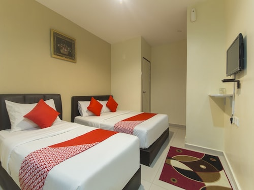 8b82457433 OYO Rooms Accommodation in Merbok | OYO Rooms Merbok from AU$14